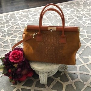 Cognac suede made in Italy bag used once